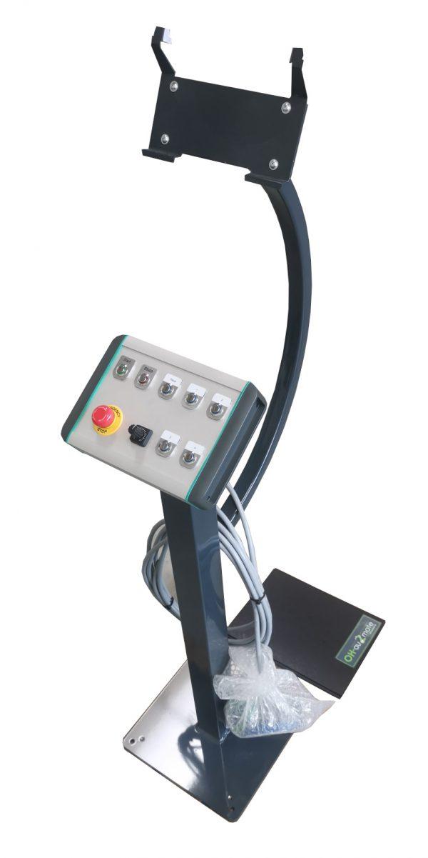 operateONE mit Zusatztasten für Handlingsanlage